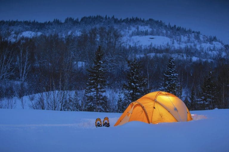 how to keep warm in a tent