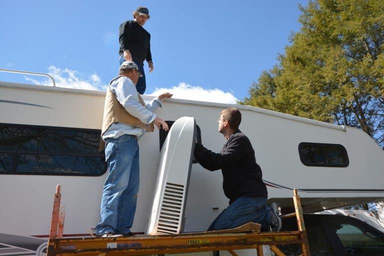5000 BTU RV roof air conditioner thumbnail