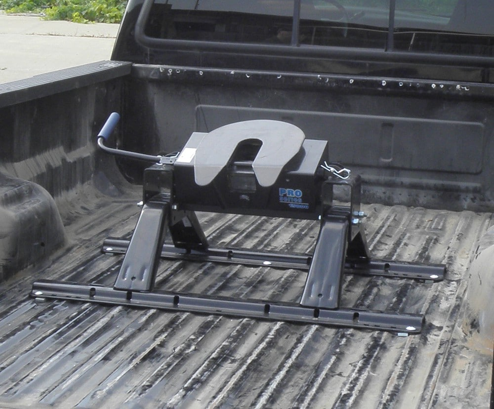 5th wheel hitch installation 4