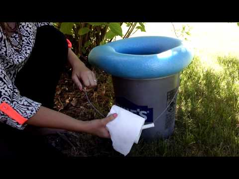 How to make a portable camping toilet 7
